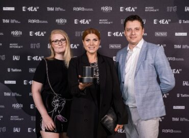 Sky.ee pälvis 3. aastat järjest Eesti Muusikaettevõtluse Auhindadel Aasta Meediakanali tiitli!